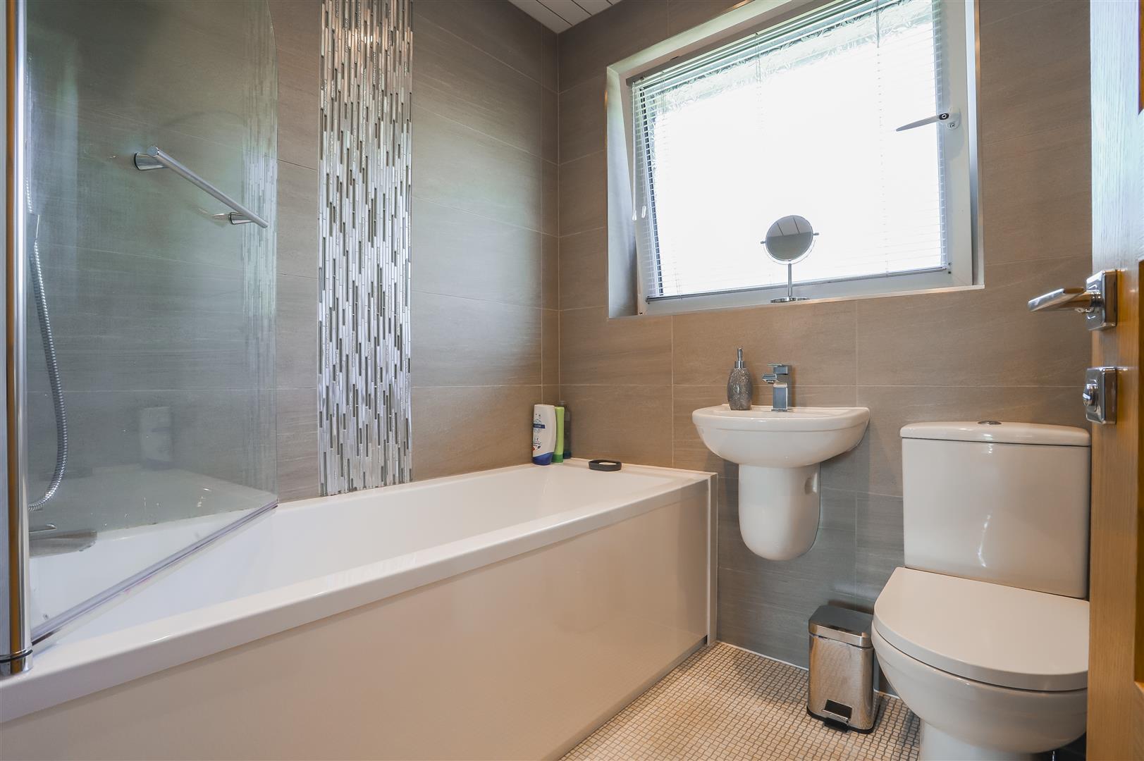 4 Bedroom Semi-detached House For Sale - Image 37